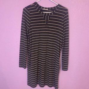 Le Lis size medium dress